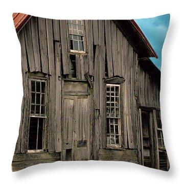 Shack Of Elora Tn  Throw Pillow by Lesa Fine