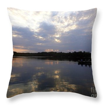 Heading Home On Lake Roosevelt In Outing Minnesota Throw Pillow