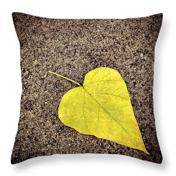 Heart Shaped Leaf On Pavement Throw Pillow