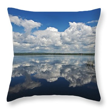 Heaven On Earth... Throw Pillow