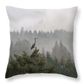 Throw Pillow featuring the photograph Heron In The Mist by Peggy Collins