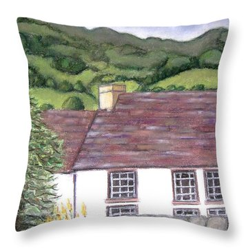 Highland Farmhouse Throw Pillow