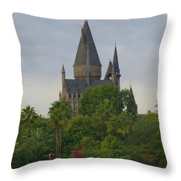 Hogwarts Castle 1 Throw Pillow