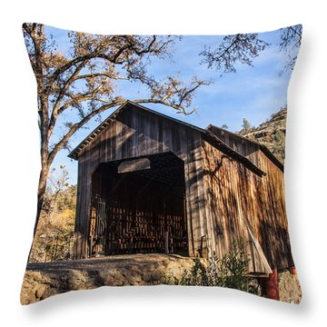 Honey Run Covered Bridge 1894 Throw Pillow