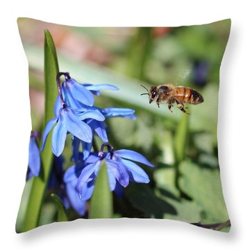 Honeybee In Flight Throw Pillow by Lucinda VanVleck