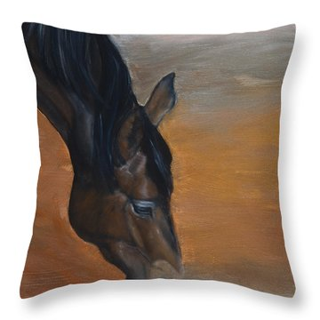 horse - Lily Throw Pillow