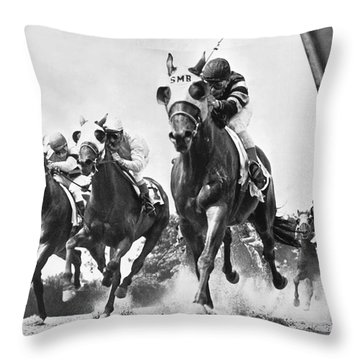 Horse Racing At Belmont Park Throw Pillow