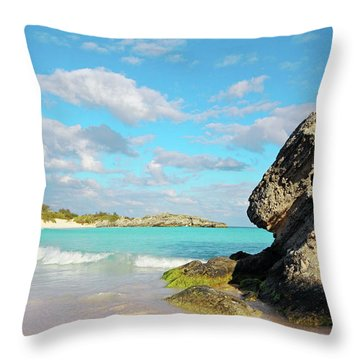 Horseshoe Bay In Bermuda Throw Pillow by Charline Xia