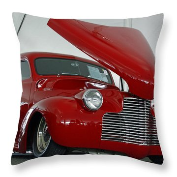 Throw Pillow featuring the photograph Hot In Red by Shoal Hollingsworth