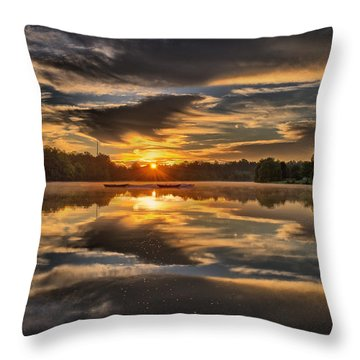 Hoyt Lake Sunrise Throw Pillow