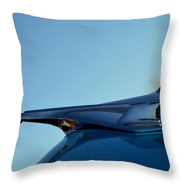 Hr-10 Throw Pillow by Dean Ferreira