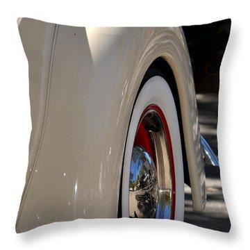 Throw Pillow featuring the photograph Hr-40 by Dean Ferreira