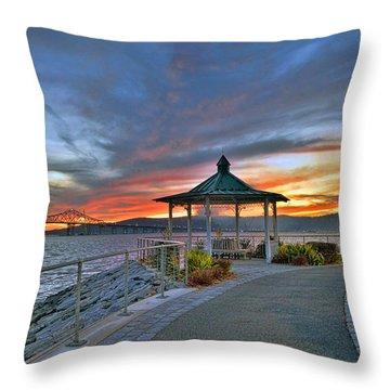 Hudson River Fiery Sky Throw Pillow