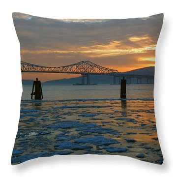 Hudson River Icey Sunset Throw Pillow