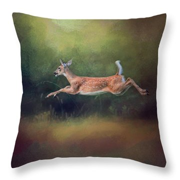 I Can Fly - Deer - Wildlife Throw Pillow
