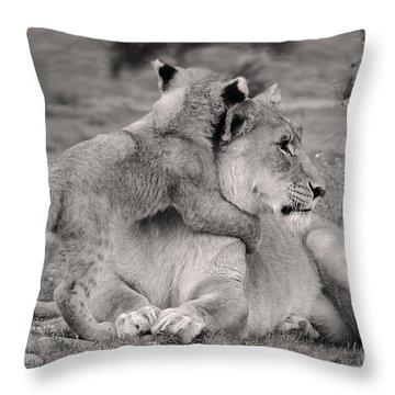 I Love My Momi Throw Pillow