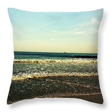 I Love The Beach Throw Pillow