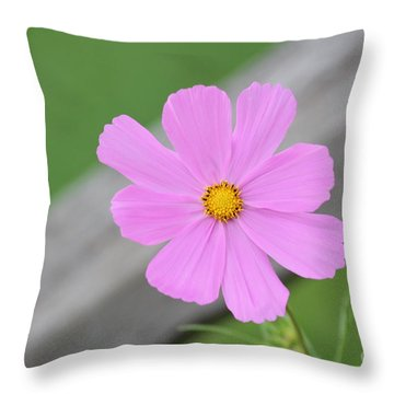 I Love You Flower Throw Pillow
