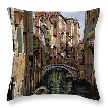 I Ponti A Venezia Throw Pillow