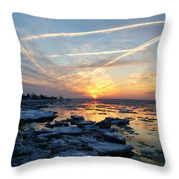 Ice On The Delaware River Throw Pillow