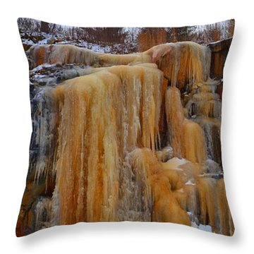 Throw Pillow featuring the photograph Ice On The Rock Cut 3  by Lyle Crump