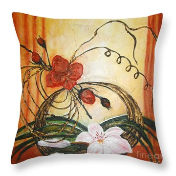 Ikebana IIi Throw Pillow
