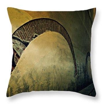 Il Muro  Throw Pillow