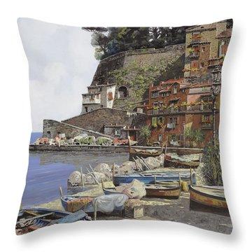il porto di Sorrento Throw Pillow by Guido Borelli