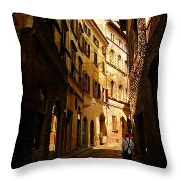 Il Turista Throw Pillow by Micki Findlay