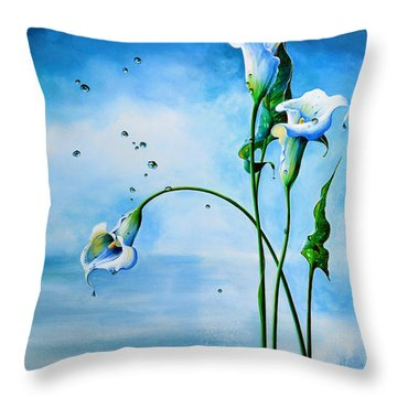 In The Mist Of A Memory Throw Pillow