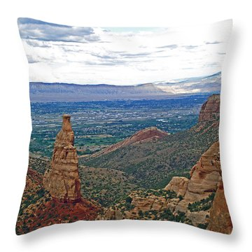 Independence Monument In Colorado National Monument Near Grand Junction-colorado Throw Pillow