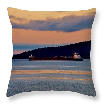 Into The Gitchigumi Night Throw Pillow