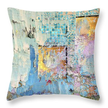 Inw_20a6023 Ageless Glacial Memories_ Throw Pillow