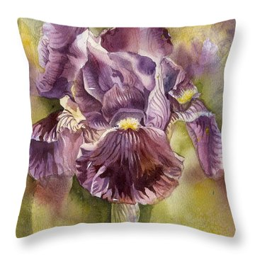 Iris In Purple Throw Pillow by Alfred Ng