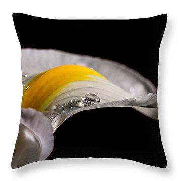 Iris With Water Throw Pillow