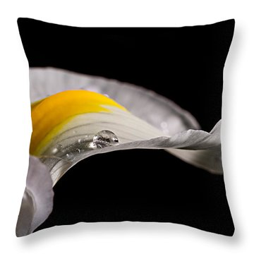 Iris With Water Throw Pillow