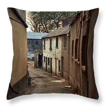 Irish Alley 1975 Throw Pillow