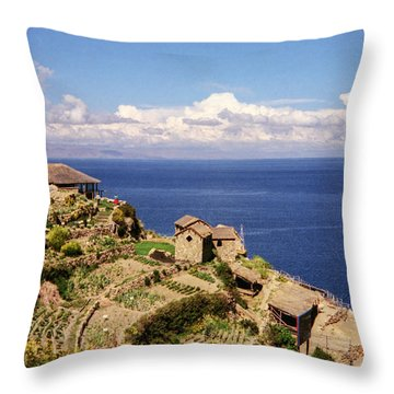 Isla Del Sol Throw Pillow
