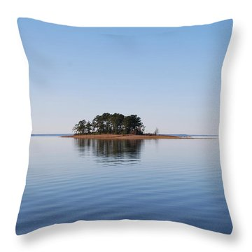 Island On Lake Sam Rayburn Throw Pillow