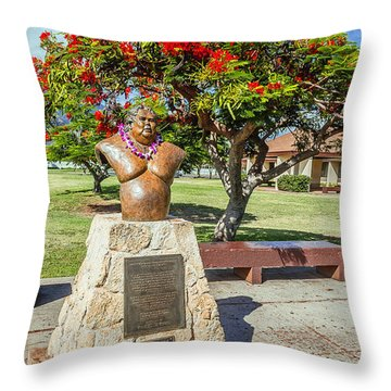 Throw Pillow featuring the photograph Israel Kamakawiwoole - Bruddah Iz by Aloha Art