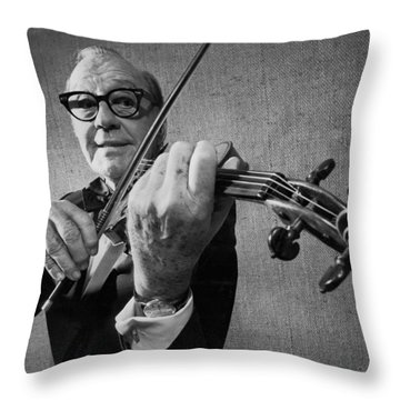 Jack Benny Farewell Throw Pillow by Underwood Archives