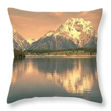Jackson Lake Sunrise - Grand Teton Throw Pillow