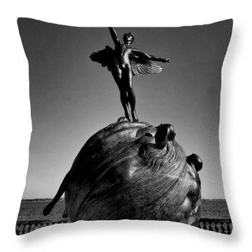 Jacksonville War Memorial Throw Pillow