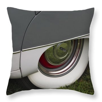 Jaguar Mk Ix Classic Throw Pillow by Susan Candelario