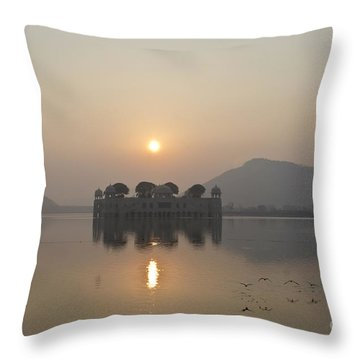 Jal Mahal In Sunrise Throw Pillow
