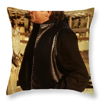 Throw Pillow featuring the photograph Johnny Cash Golden Gate Peak Old Tucson Arizona 1971 by David Lee Guss