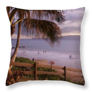 Kai Makani Hoohinuhinu O Kamaole - Kihei Maui Hawaii Throw Pillow