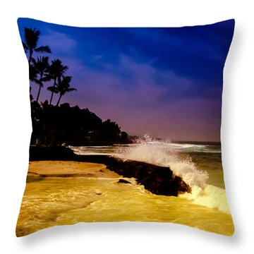 Kailua Bay Throw Pillow