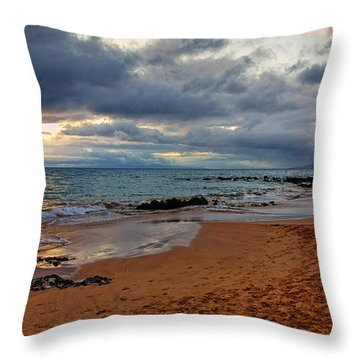 Keawakapu Beach Throw Pillow