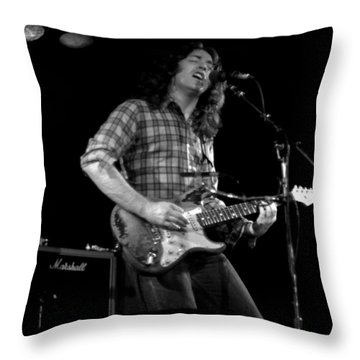 Kent #124 Throw Pillow